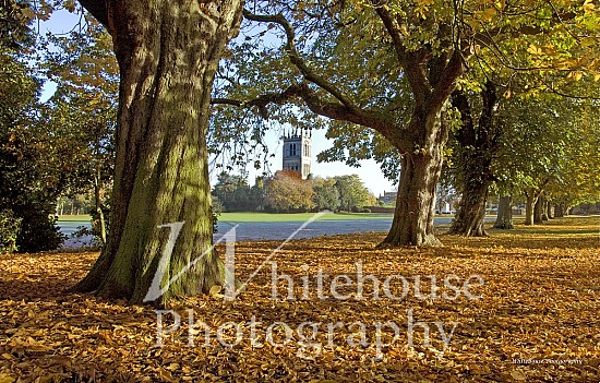 Photo of St Mary's Church, Melton Mowbray, with autumn leaves